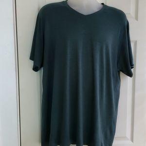 Lululemon Men's Forest Green T-Shirt. XXL.